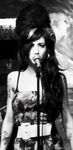 Dana DeLorenzo, Amy Winehouse, House of Winehouse, Chicago, Tribute band